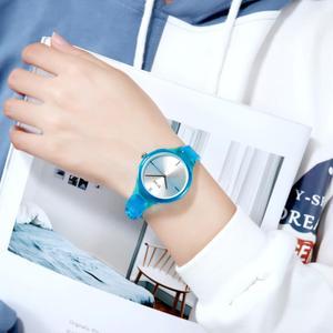 Image 3 - SKMEI נשים שעונים יוקרה למעלה מותגים פשוט קוורץ שעון יד אופנה נשי ילדה שעון Relogio Feminino גבירותיי שעוני יד