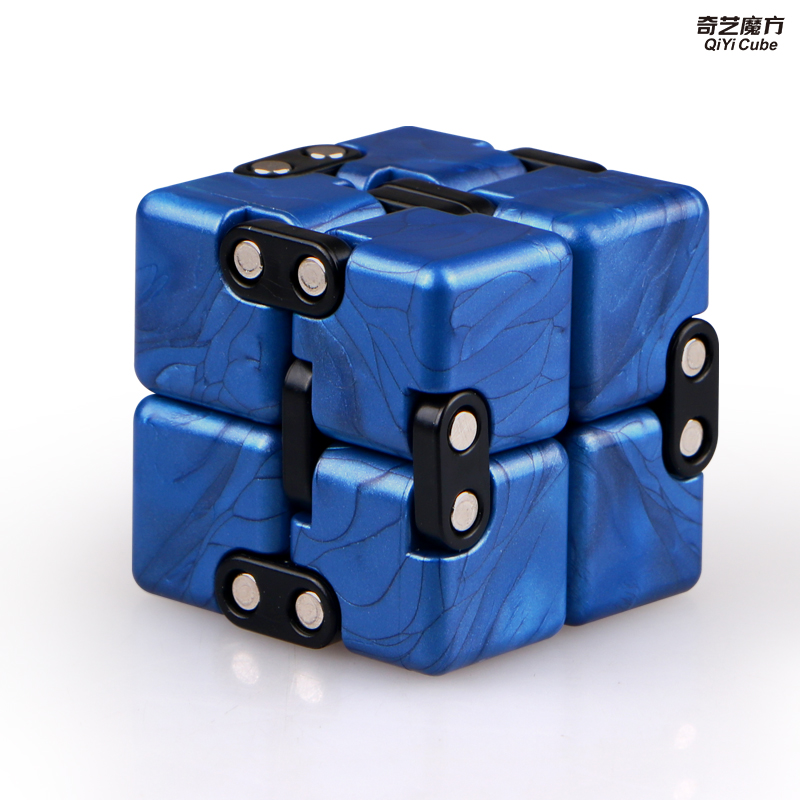 Qiyi Infinite cube Puzzle Toy 2x2 Magic Cubes Flip Cubic Stress Reliever Toys Children Gift 2x2x2 Speed Cubo magico 4