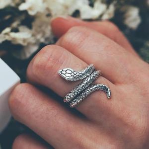 Unisex Snake Ring Exaggerated Fashion Vintage Punk Style Snake-shaped Cobra Rock Vintage Antique Retro Animal Adjustable Jewelry