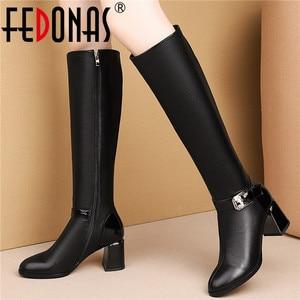 Женские сапоги до колена FEDONAS, черные вечерние сапоги из натуральной кожи с молнией сбоку и круглым носком, теплая обувь на осень и зиму 2019