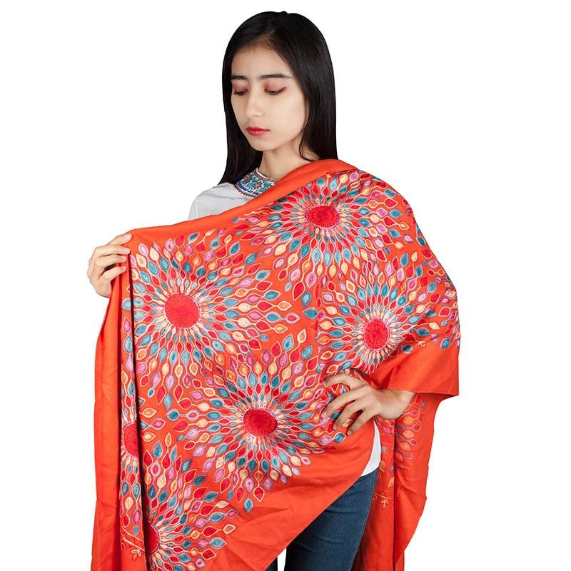 Colorful scarf womenTravel Photo Square blanket Elegant All-Match Long Travel Tassel Blanket Shawl шарфы женские зимние