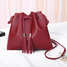 Factory Direct Selling New Simple Bucket Bag Casual Women's Bag Single Shoulder Sliding Bag Handbag 2017 limited direct selling steel rolamentos roulement a bille ntn single row bearing 61035yrx 15uz21035t2