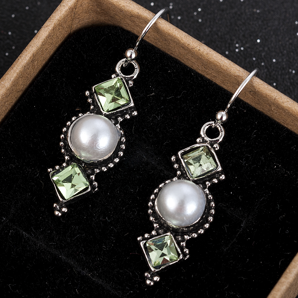 Vintage Gold Color Simulated Pearl Earrings Gren Stone Disc Pendant Dangle Earring For Women Elegant Fashion Jewelry