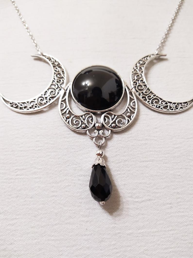 Collar plateado de Luna Triple y collar g tico pagano de piedra de vidrio negra Wiccan