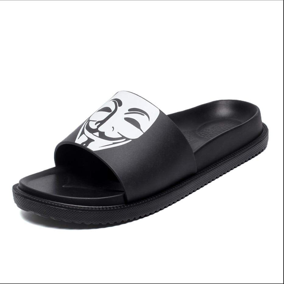 Summer Woman Funny Graffiti Sandals Bathroom Non-slip Home Slippers Flip-flops Flat-bottomed Slippers Slide Beach Shoes