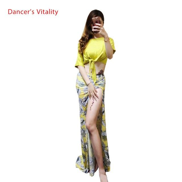 للنساء ملابس الرقص الشرقي شبكة بأكمام قصيرة توب + تنورة سبليت 2 قطعة. طقم رقص شرقي للبنات ملابس رقص شرقي