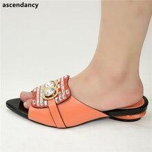 جديد الموضة الفاخرة حذاء النساء المصممين النيجيري مضخات حفلات الزفاف منخفضة الكعب حجم كبير صنادل سيدات مع الكعوب الانزلاق على الأحذية
