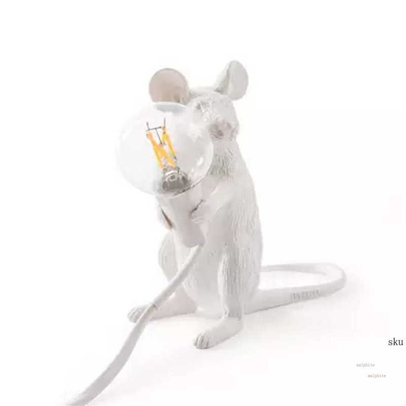 Lámpara de mesa de rata italiana dormitorio nórdico accesorios de cama lámpara de ratón boda Deco lámpara de mesa regalos para niños Luminaria dorada