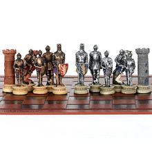 Conjunto de xadrez idade média cavaleiro batalha tema xadrez setportable viajar inteligência jogo xadrez conjunto luxo temático xadrez