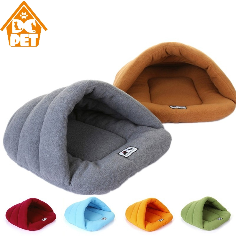Winter Warm Slippers Style Dog Bed Pet Dog House Lovely Soft Suitable Cat Dog Bed House for Pets Cushion High Quality Products bed making tools