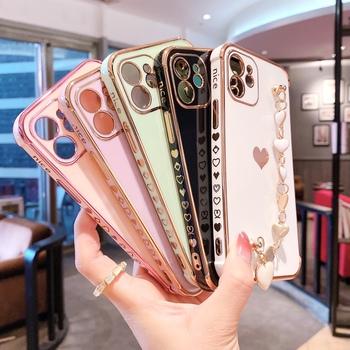 Poszycie boczne poszycie pasek na nadgarstek serce łańcuch Case dla iPhone 12 Mini 11 Pro XS Max opaska na rękę uchwyt odporny na wstrząsy miękka okładka tanie i dobre opinie APPLE CN (pochodzenie) Częściowo przysłonięte etui Electroplate Edge Solid Color Mobile Phone Cases Zwykły Multiple color as the picture