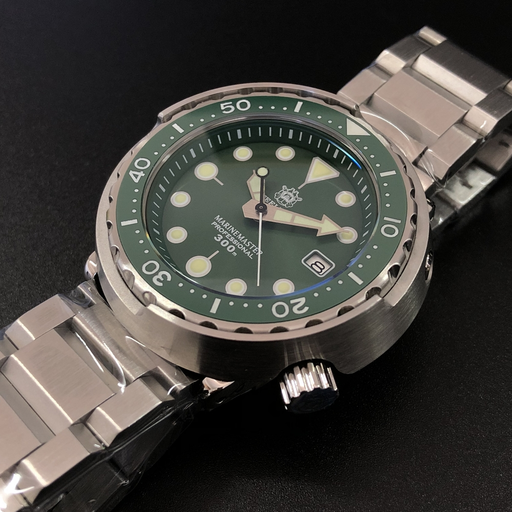 Men Fashion Watch Stainless Steel Watch 300m Water Resistant Ceramic Bezel Green Tuna Automatic Diving Sport Watch