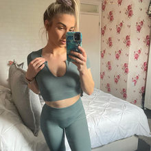 2021 Short Sleeve Crop Top Long Pant Gym Clothing for Women Solid Stylish Summer Sportswear 2 Pieces Yoga Set