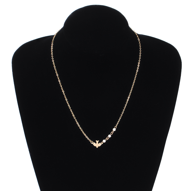 Simple Dove Pearl Pendant Necklace Personality Clavicle Choker Chain Necklaces for Women Collares Jewelry in Pendant Necklaces from Jewelry Accessories