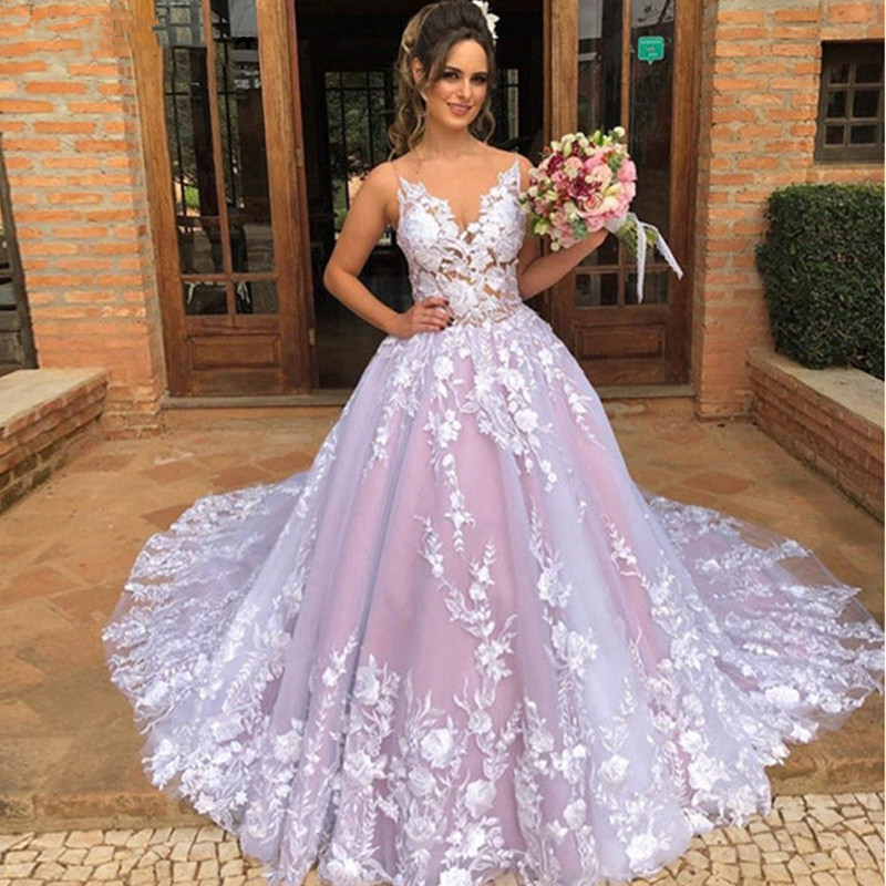 Custom Made 2020 New Fashion Wedding Dress Ball Gown V-neck Big Train Tulle Lace Flowers Luxury Wedding Gowns EY53