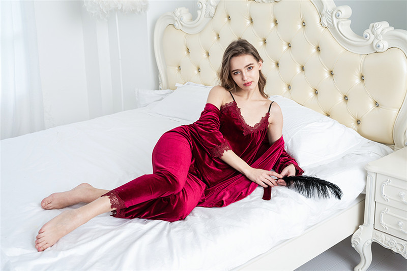 Hb3b9df090b244b2791f6ac905727fdb2f - JULY'S SONG Gold Velvet 4 Pieces Warm Winter Pajamas Sets Women Sexy Lace Robe Pajamas Sleepwear Kit Sleeveless Nightwear