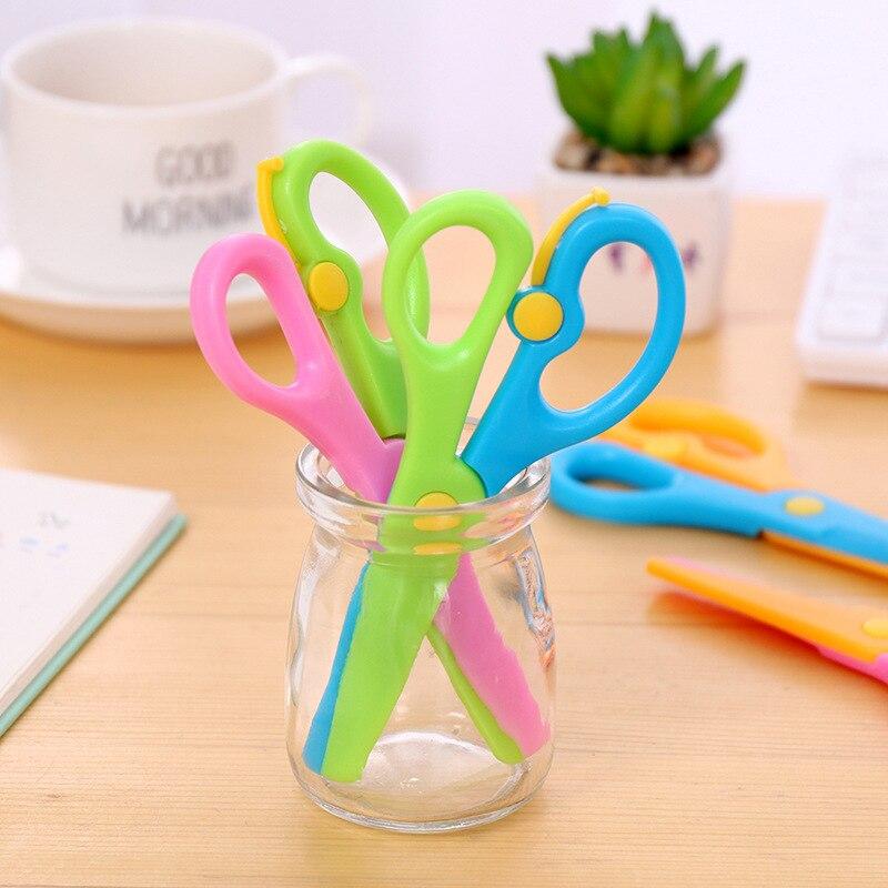 DIY Mini Cute Plastic Decorative Scrapbooking Scissors School Child Scissors Kawaii Portable Paper Scissors Stationery