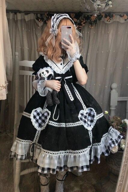Фото готическое винтажное платье лолиты с матросским воротником и