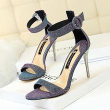 Босоножки женские на высоком каблуке пикантные модные сандалии