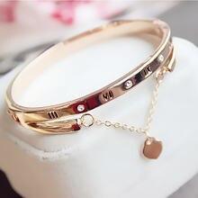 Женский браслет из нержавеющей стали под розовое золото с подвеской