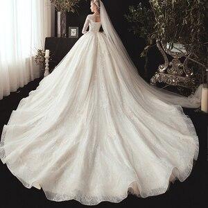 Image 4 - חדש מגיע שלושה רבעון שרוול ואגלי אפליקציות תחרה נסיכת כדור שמלת חתונת שמלות בתוספת גודל  סין חלוק Mariee