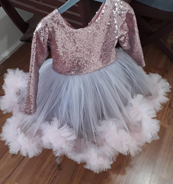 Rose Gold Sequins Flower Girls Dresses 2020 Cap Sleeve Puffy Little Girls Blush Tulle Ball Gown Formal Wedding Communion Dress