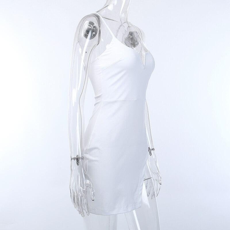Seksowna sukienka na szelkach damska letnia seksowna koszulka z dekoltem w serek bez pleców moda europejska i amerykańska nieregularna obcisła biel