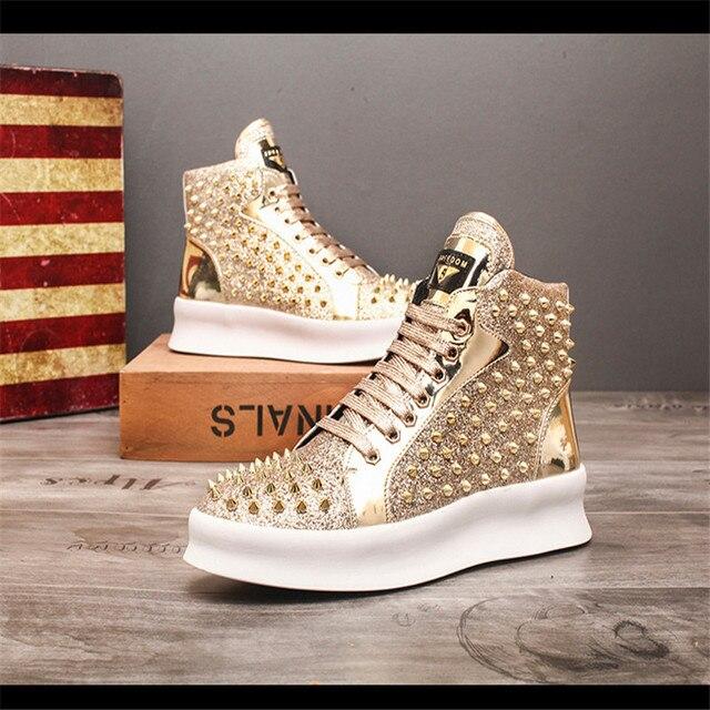 Zapatillas de deporte de lujo para Hombre, zapatos informales con remaches de estilo Punk, Hip Hop, color dorado y rojo, suela gruesa 5