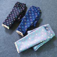 Dzieci ocieplone legginsy dziewczyny jesienno-zimowa Plus aksamitne spodnie dziewczynek chłopców spodnie Infantil 2019 odzież dziecięca tanie tanio QEENRAAN COTTON spandex REGULAR Unisex PATTERN Malowane Kasetony Tie dye Pełnej długości Pasuje prawda na wymiar weź swój normalny rozmiar