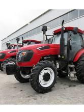 4WD ciągnik rolniczy 130 koni mechanicznych można wybrać różne urządzenia