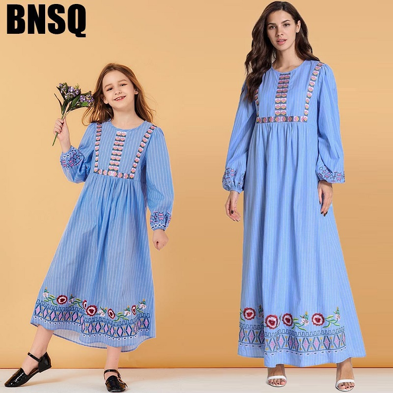 Mum And Baby Long-sleeved Bubble Sleeve Dress Muslim Casual Mom Mother Daughter Wedding Cotton Flower Dresses Family Match Shirt