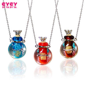 Fragrances Necklace Perfume Pendants Flower-Bottle Glass Round Women for Murano 1PC Essential-Oil
