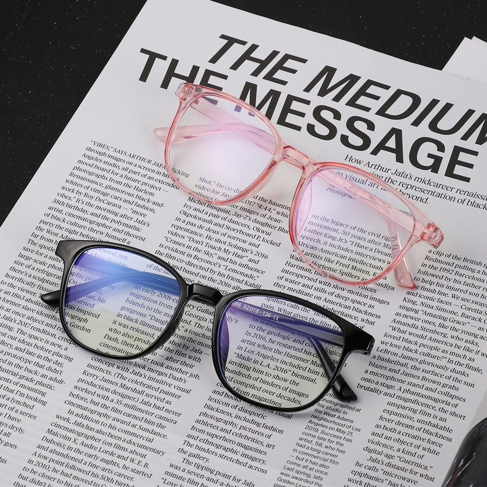 1Pcs Hot New Transparent Glasses Frames Men Women Fake Glasses Vintage Optical Myopia Eyeglasses Frames Ladies Retro Eyewear