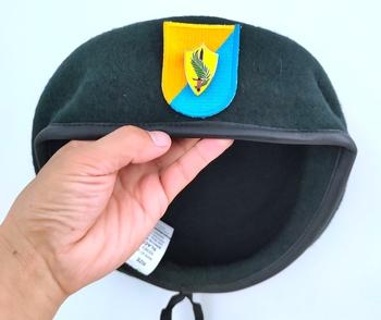 Nowa armia amerykańska 8 Siły specjalne grupa wełna zielony Beret armia siły specjalne METAL insygnia czapka wojskowa czapka 1963 ~ 1972 tanie i dobre opinie CINESSD Z wełny CN (pochodzenie) Dla dorosłych Stałe Formalne