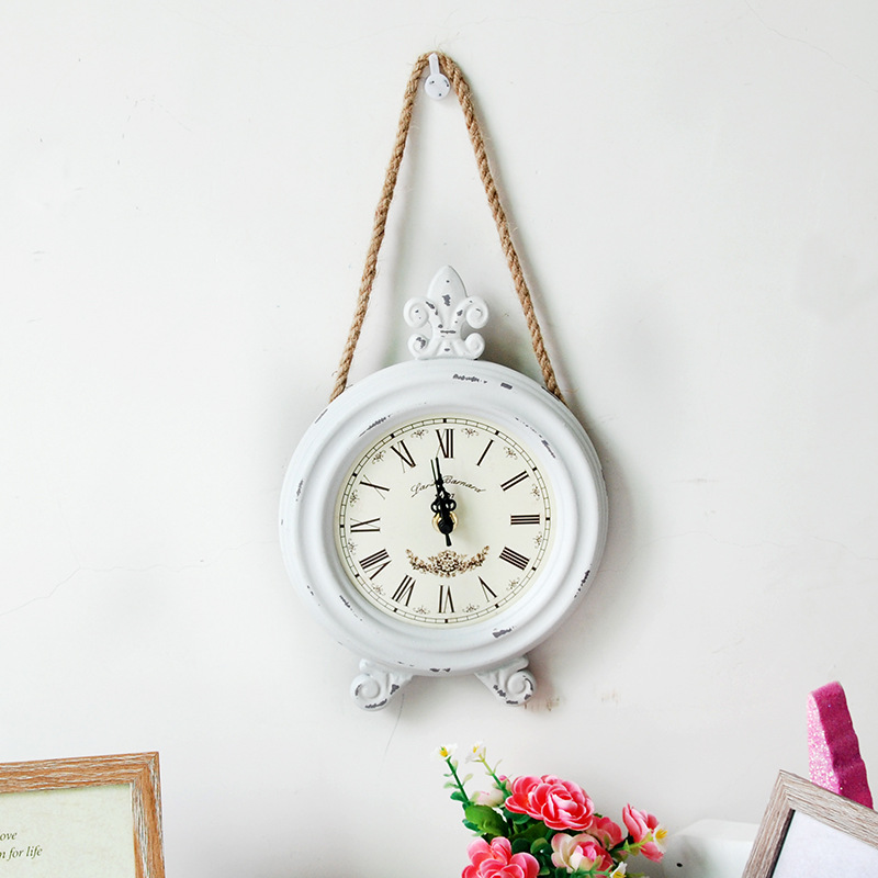 Vintage Wall Clock, Nostalgic Style Wall Clock, Home Wall Hangings, Round Wall Clock, Twine Wall Clock