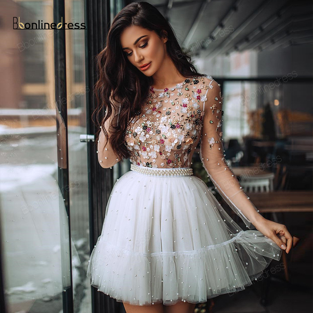 Elegant Homecoming Dress Crystal Beaded White Short Party Dress O-Neck Long Sleeves Sparkly Graduation Dresses vestido de festa