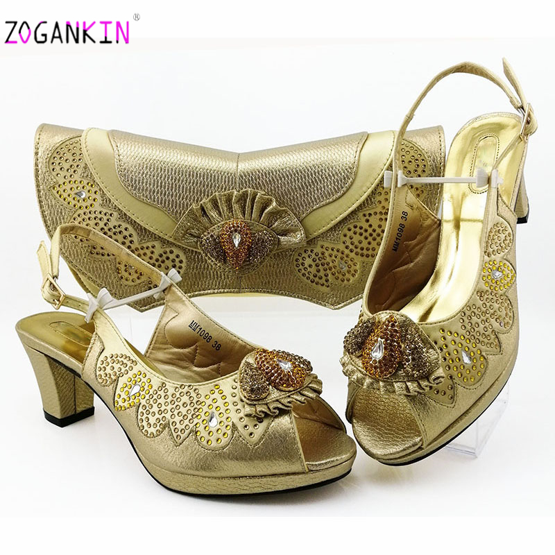 Latest Fashion Nigerian Women Matching African Sandals And Bag Set Decorated With Rhinestone Italian Ladies Gold Party Shoe