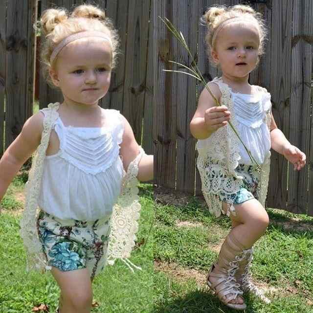 夏の子供カーディガンかぎ針レース中空房のベスト衣装フリンジ 1-5Y 子供服のためのトップス