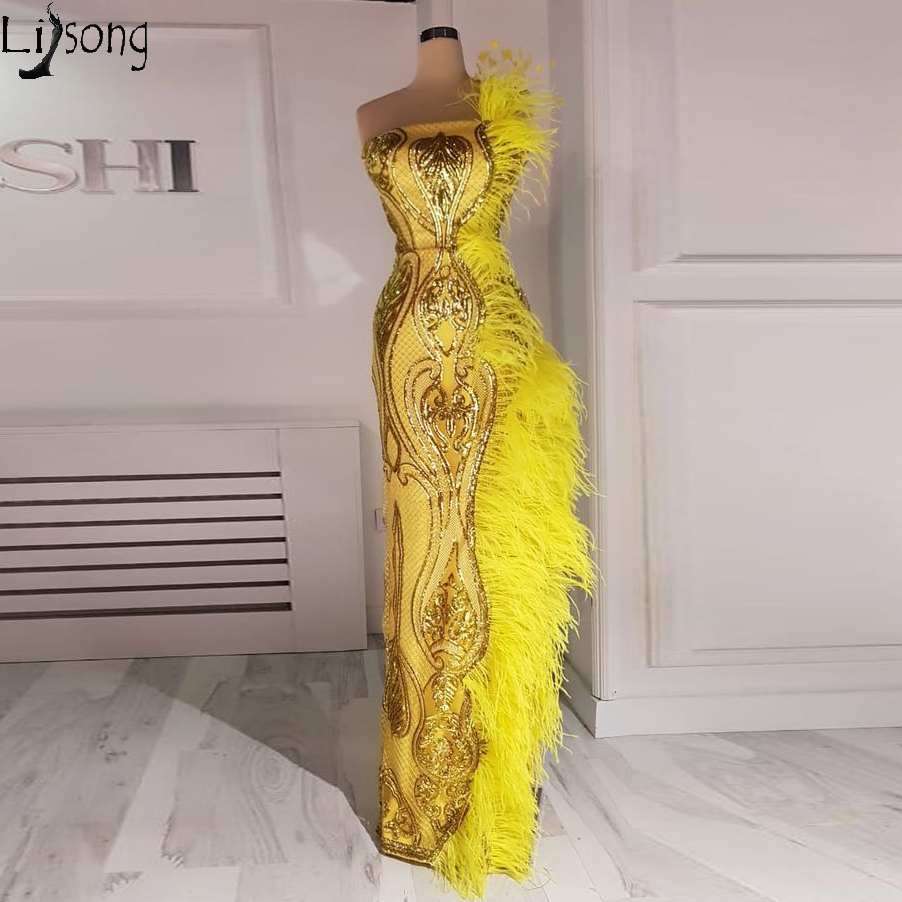 Fashion Gold Yellow Dubai Prom Dresses 2020 Long Mermaid Feathers Sequin Evening Party Gowns Strapless Sexy Robe De Soiree
