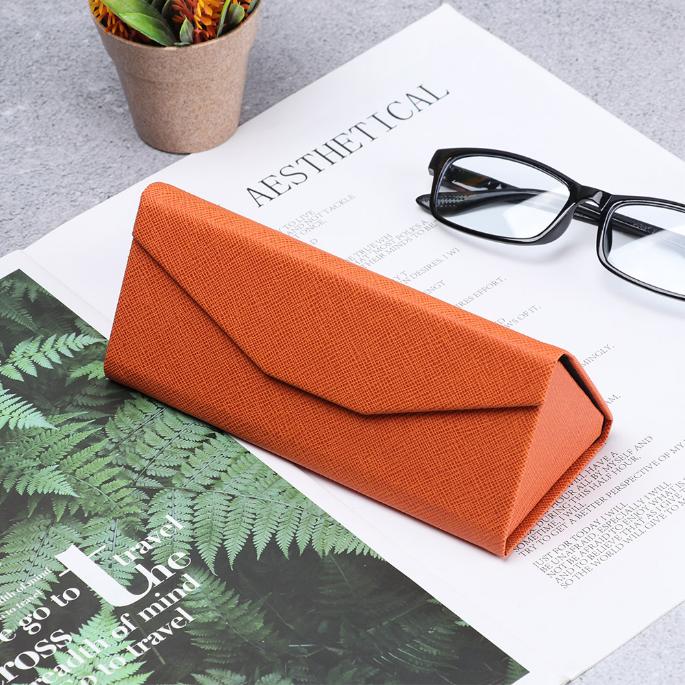 1Pc Portable Triangle Sunglasses Box Folding PU Waterproof Strong Magnet Eyewear Case Glasses Protective Organizer Solid Color