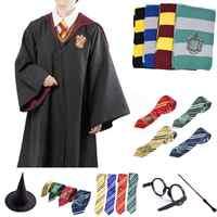 Potter Costumi Cosplay Robe Capo con Cravatta Sciarpa Bacchetta Occhiali Corvonero Grifondoro Tassorosso Serpeverde Potter Robe Mantello