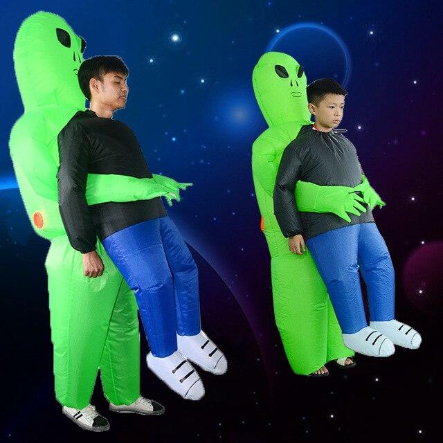 Et alien nadmuchiwany kostium potwora straszny zielony obcy przebranie na karnawał dla dorosłych impreza z okazji Halloween Festival Stage