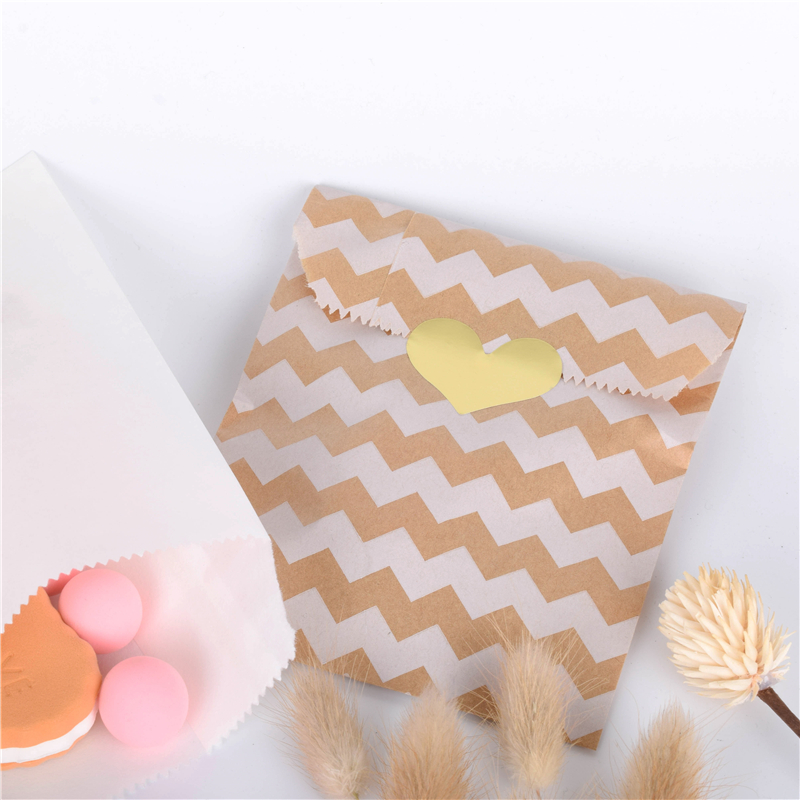 25pcs Kraft Paper Bag Candy Biscuit Popcorn Bags Giftwrapping Baked Goods Bag Kraft Paper Bags  Favour Bags  Treat Bags