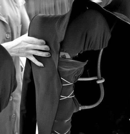 男性スーツスリムフィットウェディング新郎摩耗タキシード 2018 (ジャケット + パンツ + ベスト) ベストマン花婿スーツ衣装オムブレザー
