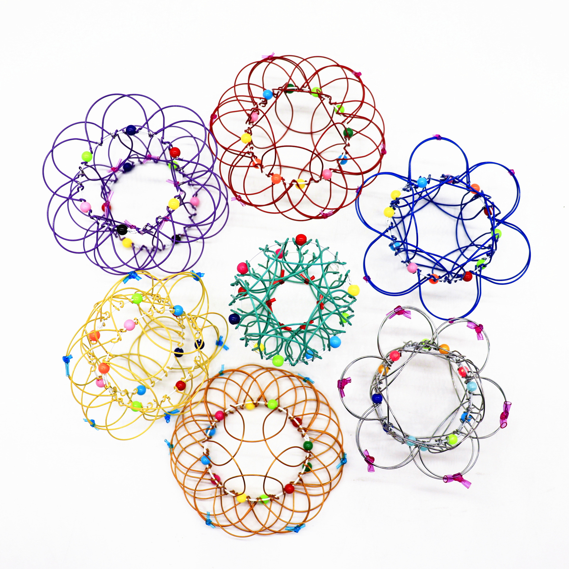 2021 New Variety Flower Basket 36 Variable Mild Steel Magic Ring Children's Nostalgic Toy Ornament 36 Variable Iron Art Palm Toy