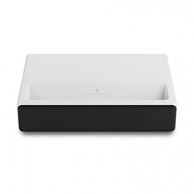Projetor Xiaomi a Laser - HD 1080p - projeta tela do Smartphone, Sistema: Android TV e Computador - Wifi - Bluetooth- 5000 Lúmens -  2GB 16GB -Versão em Inglês 4