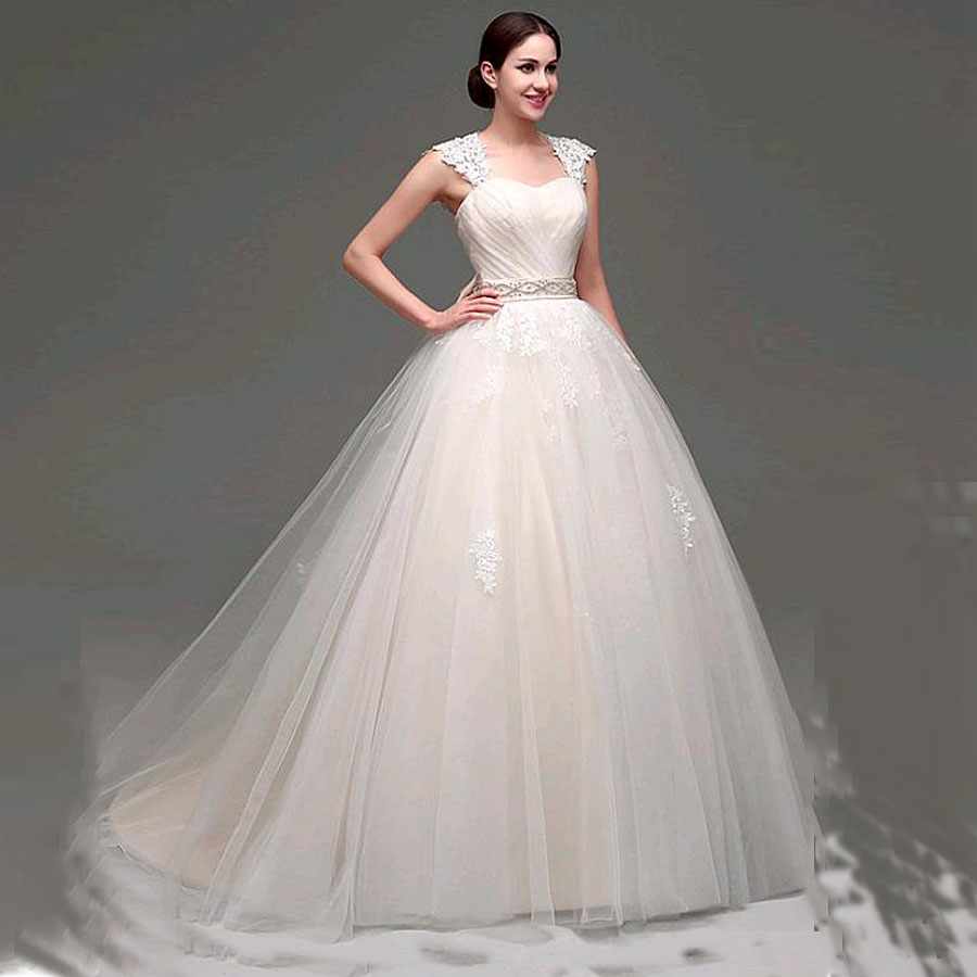 Sweetheart Neckline Sleeveless Lace Ball Gown Wedding Dress With Applique Beading Belt Lace-up Bridal Dress No Train