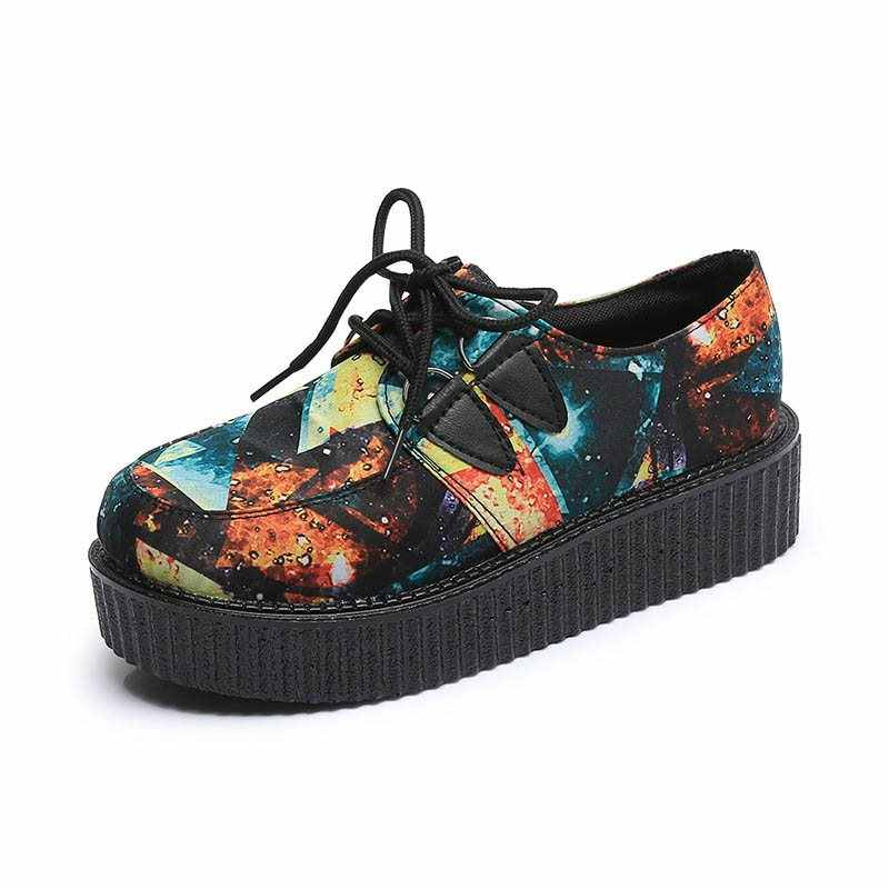 Kinikiss Kadınlar Gotik Ayakkabı Siyah Kafatası Baskı Rahat Harajuku Sünger Kek Platformu Vintage Kadın Retro Ayakkabı Okul Kız Rahat