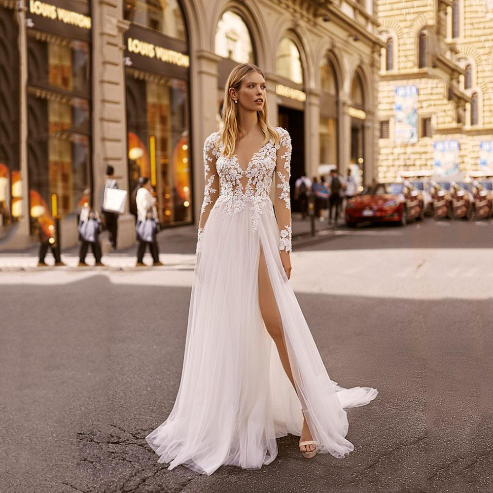 Beach Wedding Dresses V Neck Lace Appliqued Long Sleeve Sexy High Side Split Beads Bridal Gowns Wedding Dress 2020 Suknia Slubna