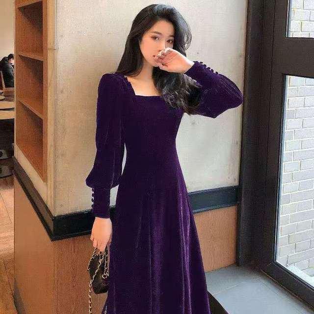 Autumn and winter 2021 new gold velvet dress women French retro square collar waist Office Lady  Knee-Length 3